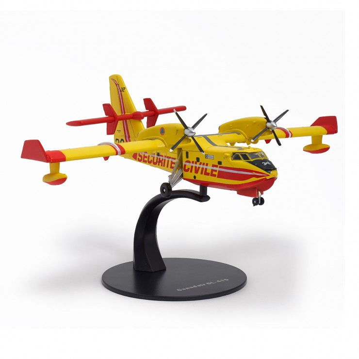 Canadair CL-415 (échelle 1/144)