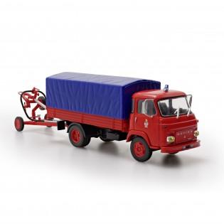 Camion de transport d'émulseur Saviem SG5
